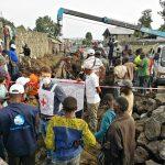 Sous la menace du volcan : la population s'enfuit et une crise humanitaire majeure se profile à Goma.